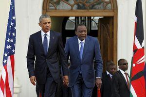 Obama au Kenya / Libération invente le Fraternalisme (Le Gri-Gri)