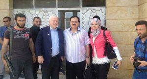 Mc Cain et un membre de l'EI syrien