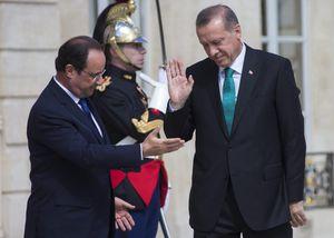 Pour vanter un régime présidentiel fort, Erdogan cite Hitler mais il aurait pu citer le général de Gaulle
