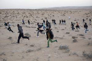 Israël se 'débarrasse' de ses migrants (Vidéo)