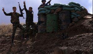 Soutenue par les forces aériennes russes, l'armée syrienne progresse à Lattaquié (vidéo)