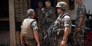 La force française Sangaris &quot&#x3B;demeurera&quot&#x3B; en Centrafrique pour &quot&#x3B;accompagner&quot&#x3B; son armée (AFP)