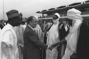 Françafrique 1/3 : Retour sur la présidentielle de 1993 au Niger et l'opération de « facilitation » de la DGSE (Le Monde)