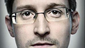 Edward Snowden explique comment la NSA surveille les journalistes (Sputniknews)
