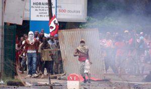 Mayotte : l'addition salée d'une mascarade politique (Mondafrique)