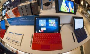 Surveillance : les pressions de Microsoft pour imposer Windows 10 poussent les consommateurs vers Mac et Linux (Reinformation TV)
