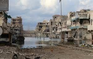 Destruction Syrte en Libye par les bombardements français et britanniques