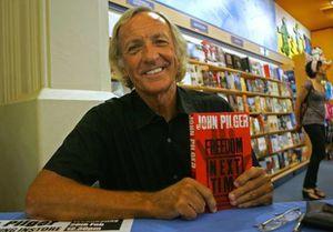 """L'histoire est l'ennemi alors que de """"brillantes"""" opérations de guerre psychologique deviennent l'information (John Pilger)"""