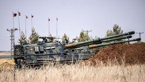 © BULENT KILIC Source: AFP Des tanks turcs près de la frontière turco-syrienne, le 3 septembre 2016.