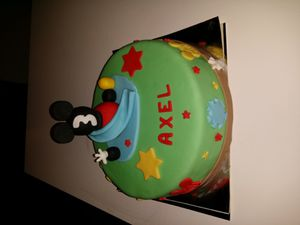 Gâteau maison de Mickey v 2