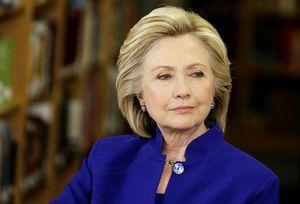Diana Johnstone : le progressisme d'Hillary Clinton s'arrête aux femmes et aux minorités