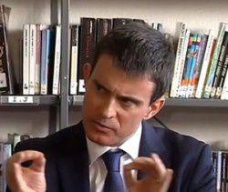 [VIDEO] Une collégienne interpelle Valls au sujet de Dieudonné