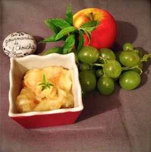 Compote de pomme, verveine et raisins blonds, sirop d'érable