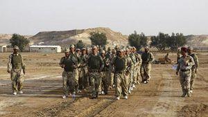 Irak: L'Etat islamique attaque une base de Marines