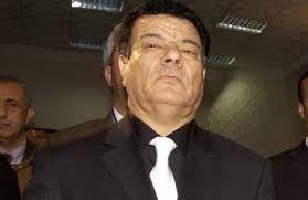L'Algérie, les appartements parisiens suspects du secrétaire général du FLN par Nicolas Beau dans MondAfrique