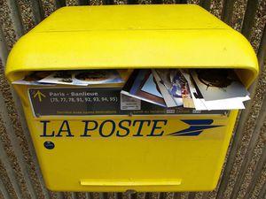 Question de lecteur : comment utiliser la formule &quot&#x3B;Sous couvert&quot&#x3B; dans un courrier ?