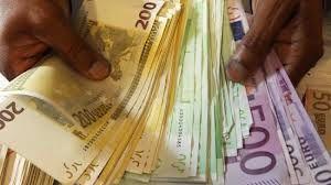 Paiement en espèces: le seuil abaissé à 1.000 € par le décret du 24 juin 2015