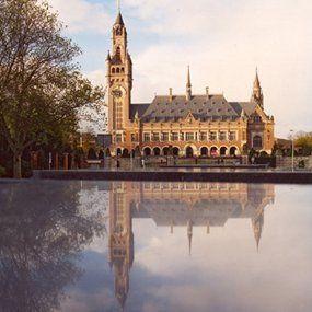 Un tribunal de La Haye annule par jugement du 20 avril 2016 la condamnation arbitrale de la Fédération de Russie dans le dossier Yukos