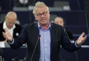 Buzz: Les coups de gueule de Daniel Cohn-Bendit au Parlement européen !