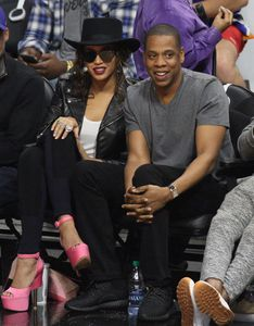 Jay Z Puts on Yeezy boost 350s, Beyoncé Puts on Custom Givenchy At L.A. Clippers Game