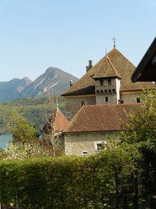 Le château de Dhéré à Duingt.