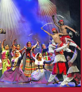 Menton: BALLET NATIONAL DE NEW-DELHI (Inde) Indian Revival Group