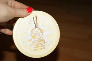 Cristaux pour le bain Vanille Gourmande,  The Body Shop, demoisailesfaitdesrevues.over-blog.com
