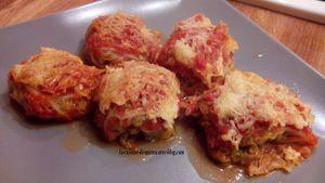 les choux farcis au bœuf sur lit de sauce tomate