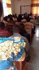 Etudiants lors de la cérémonie d'accueil