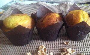 Muffins au potimarron patates douces et noix .