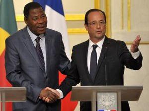 Le Monde - A Cotonou, Hollande vante l'exemple démocratique béninois