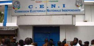 Crise du processus électoral en Guinée: le décret qui jette de l'huile sur le feu