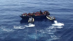 Reuters - Italy's coastguard says 1,230 migrants rescued on Sunday