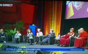 Sa Sainteté Dalaï Lama rencontre les jeunes à Strasbourg