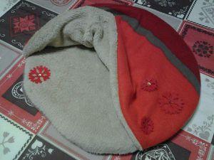 coussin couverture 36 cm, flocon rouge.