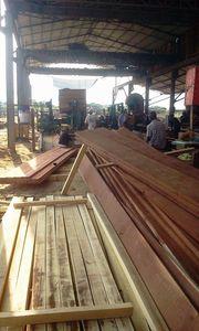 @Scierie de Wong Sam à Bokagna