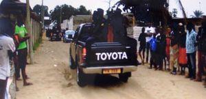 @Patrouille de police au quartier Malala