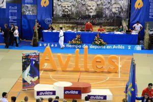 Villa Avilés, 1 oro, 2 platas y 3 quintos puestos
