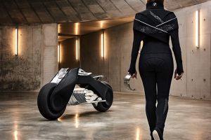 BMW y su moto futurista
