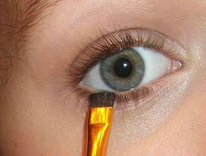 Maquillage yeux bleus/verts