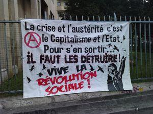 ★ L'Etat : une bande de terroristes au service de la bourgeoisie