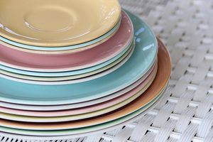 Idiotic question: How do you tell if Dinner Ware Set is great or awful?