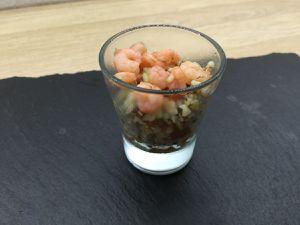 Verrine taboulet de quinoa aux crevettes et au concombre