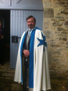 Un nouveau chevalier reçu dans l'Ordre, le 25 août 2012.