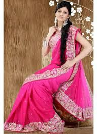 Finding The Best Medium To Purchase Saree Online
