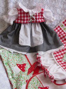 Vêtements pour bébés et poupées