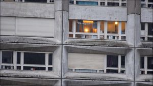 Formation Acteurs Paris : le Court métrage ! Le prologue de celui de la promo 2015, &quot&#x3B;JADE BONDY&quot&#x3B; tout commence dans cet appartement !!!