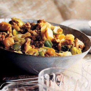 Curry de porc à la mangue et aux poireaux