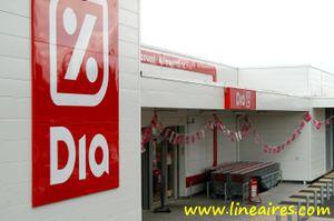 Carrefour cède 37 magasins Dia au groupe polonais Gastt