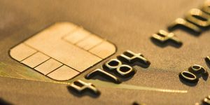 How Criminals Can Easily Hack Your Chip &amp&#x3B; PIN Card